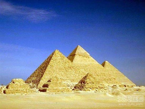 胡夫金字塔密道惊现神秘符号藏玄