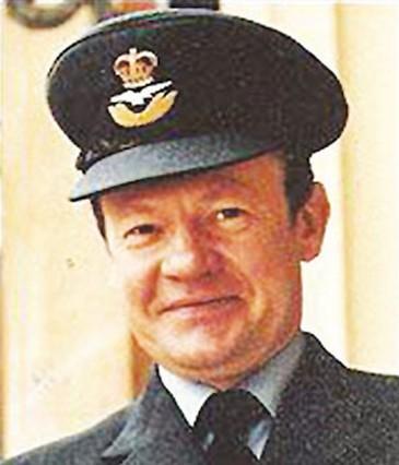 英国皇家空军称:我看到成排UFO舰
