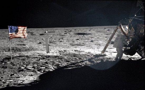 月球UFO机密 外星人真实照片震惊