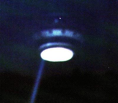 美国上空突现ufo 美夫