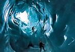 """瑞士神秘的""""处女冰洞"""